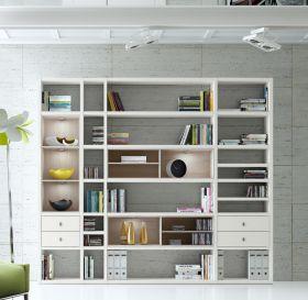 Wohnwand Bücherwand MDor Dekor Lack weiß matt / Eiche Natur LED-Beleuchtung Breite 252 cm