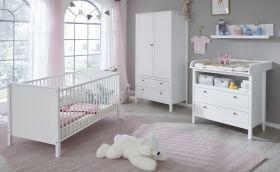 Babyzimmer Set Ole 4-teilig in weiß Landhaus mit Wickelkommode, Babybett, Kleiderschrank und Wandregal